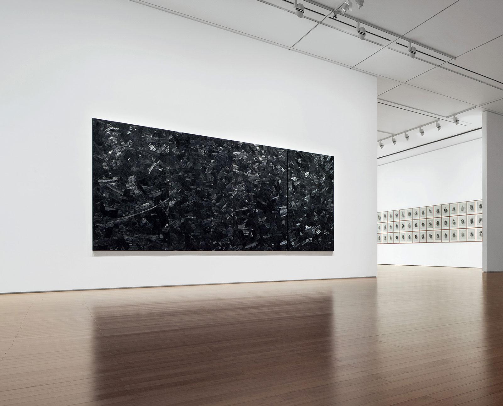 Issu du feu, Charcoal on canvas, 210 x 440 cm, 2000, Installation view, Daegu Art Museum, 2014